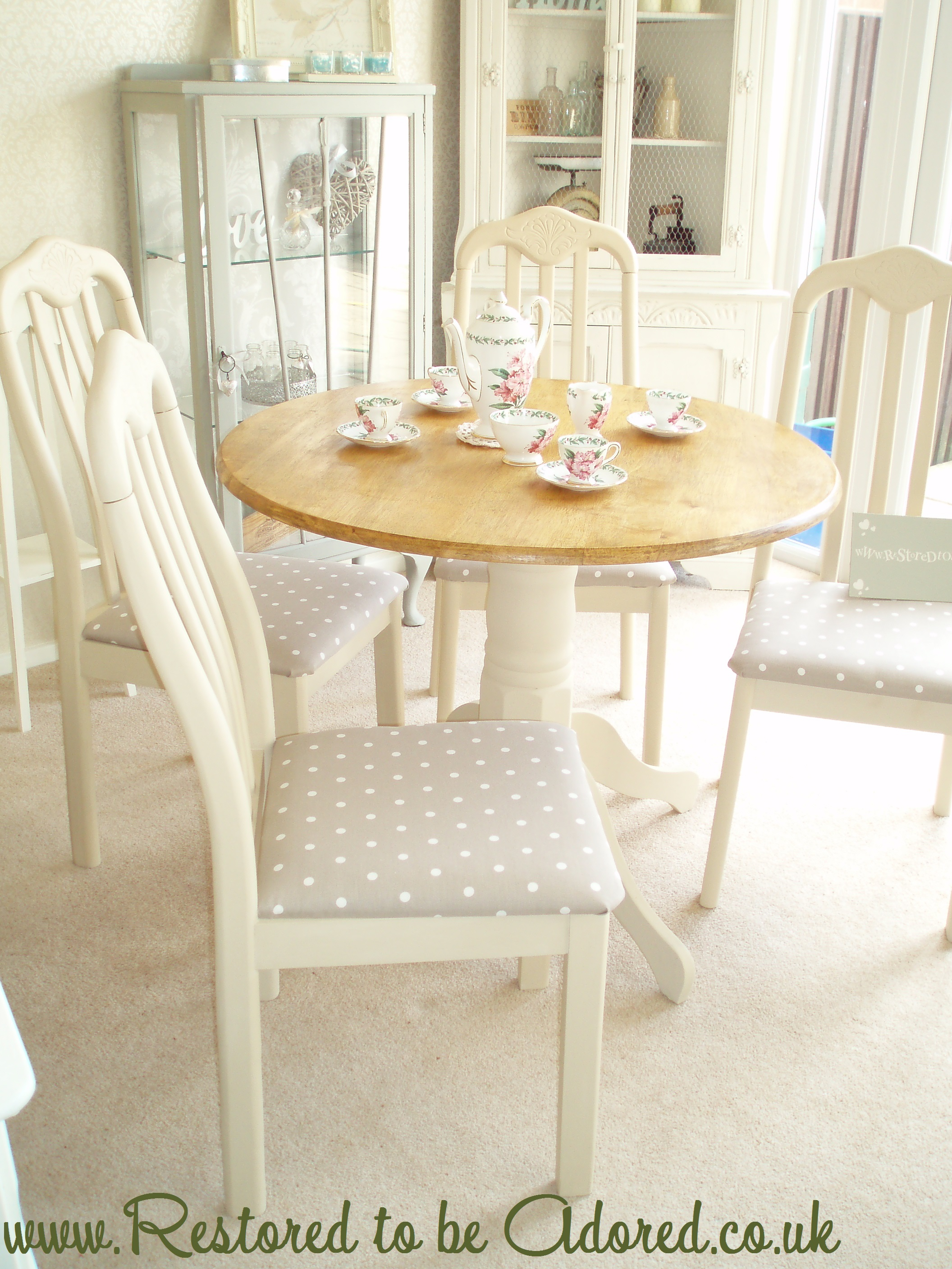 Shabby Chic Round Dining Table – Restored to be Adored