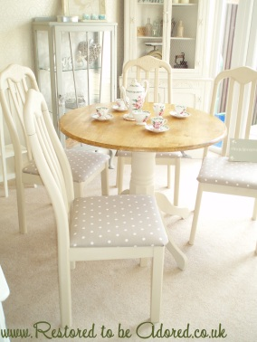 Shabby Chic Round Dining Table, shabby chic furniture